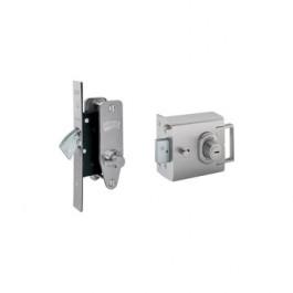Banham House/Flat/ Apartment Locks L2000E and M2003 Keyed Alike 5 Keys - Satin Chrome